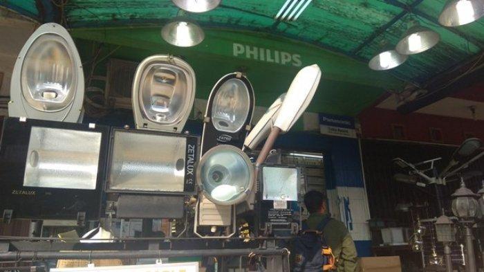 Aki Lampu Panel Surya di Jalanan Rentan Dicuri, Ternyata Harganya Mahal