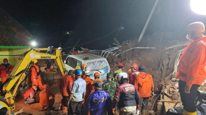 Danramil, Kasi BPBD & Kasi Trantibum Kecamatan Tewas saat Meninjau Bencana Tanah Longsor di Sumedang