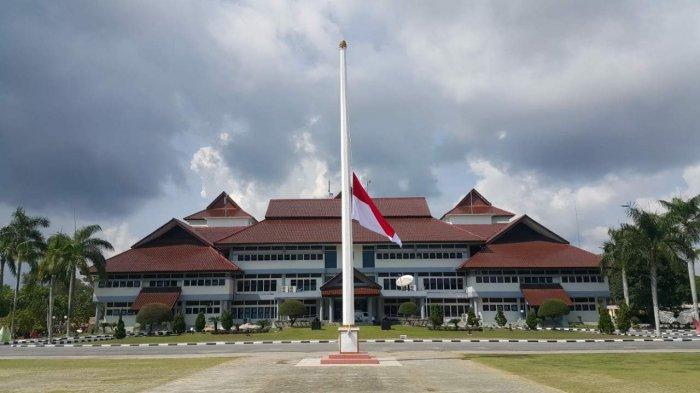 Tragedi Lion Air JT 610, Pemprov Babel Kibarkan Bendera Setengah Tiang