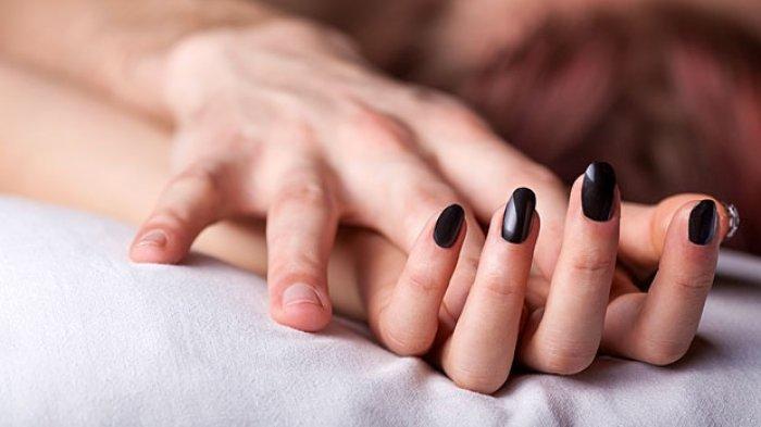 Tips Cara Bercinta yang Aman di Tengah Wabah Virus Corona, Hindari Berciuman
