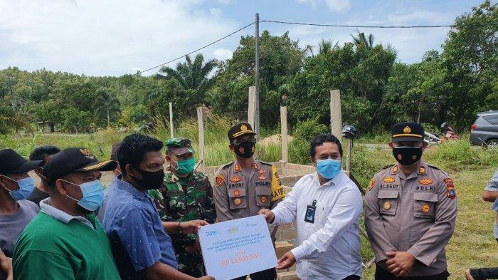 PT Timah Bantu Lanjutkan Pembangunan Mushola Al-Ikhlas Desa Belo Laut