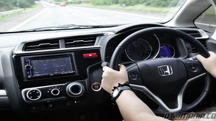 Bisa Bikin BBM Irit pada Mobil, Ini 7 Kebiasaan yang Harus Diterapkan Pengemudi
