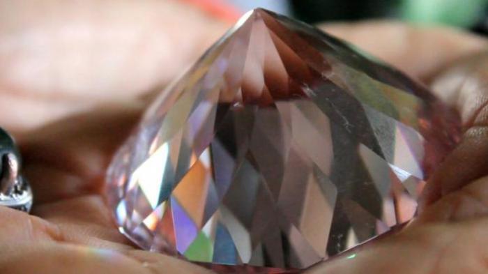 Tak Banyak yang Tahu, Ini Perbedaan Intan dan Berlian, Simak Cara Membedakan yang Asli dan Palsu