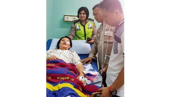 Giginya Rontok Disiksa Teroris, Iptu Sulastri Dapat Kejutan Ulang Tahun di Rumah Sakit