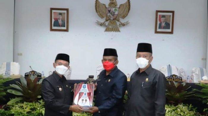 Bupati Bangka Sampaikan LKPJ Tahun 2020 ke DPRD Bangka