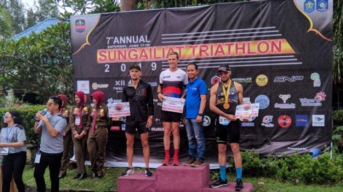Pemenang Sungailiat Triathlon Masih Didominasi Peserta dari Indonesia