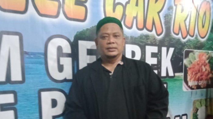 Pemilik Warung Pecel Lele H Cak Rio