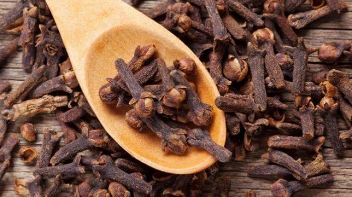 6 Ramuan Herbal Bisa Sembuhkan Pusing Kepala, Termasuk Jahe dan Cengkeh