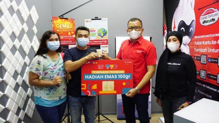 Apresiasi ke Pelanggan Setia Sumatera, Telkomsel Serahkan Ribuan Hadiah Program To the POIN Festival