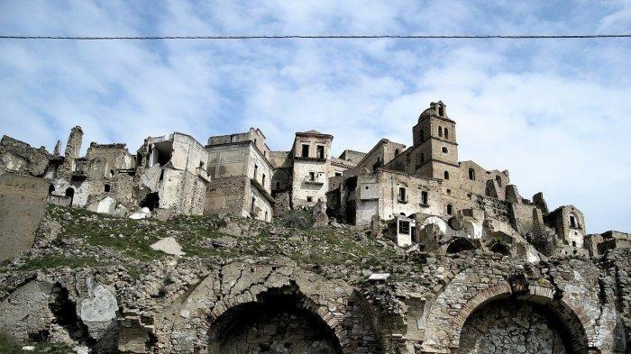 KOTA-kota Terbengkalai dan Jarang Dikunjungi di Dunia, Ada Lokasi Syuting Film James Bond