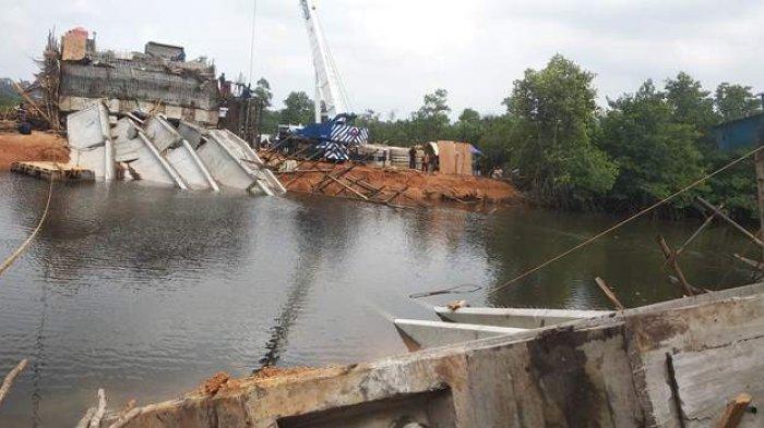 Jembatan yang Dibangunnya Roboh, Kontraktor Beberkan Penyebabnya