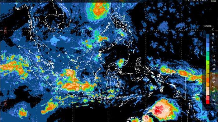 Cuaca Hari Ini Daerah yang Berpotensi Hujan Lebat dan Hujan Badai Disertai Petir