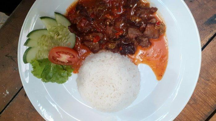 Yuk Nikmati Gurih dan Lezatnya Nasi Goreng Hongkong dan Chicken Steak di Dabelyu Coffe and Resto - dabelyu2.jpg