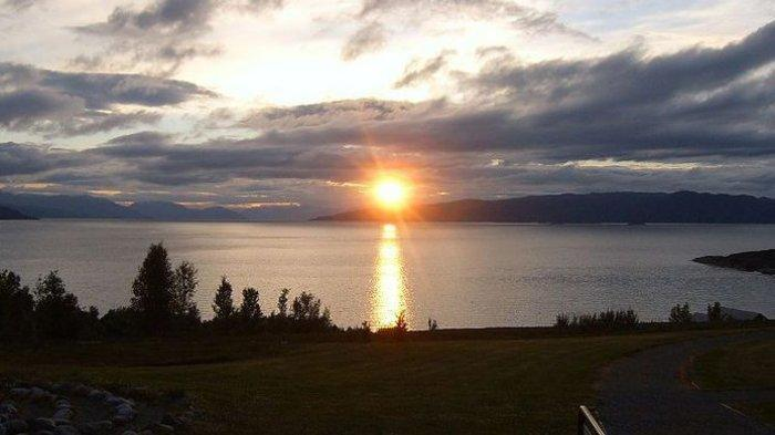 MATAHARI Tidak Terbenam pada Waktu Tertentu di Norwegia, Bagaimana Puasa di Sana?