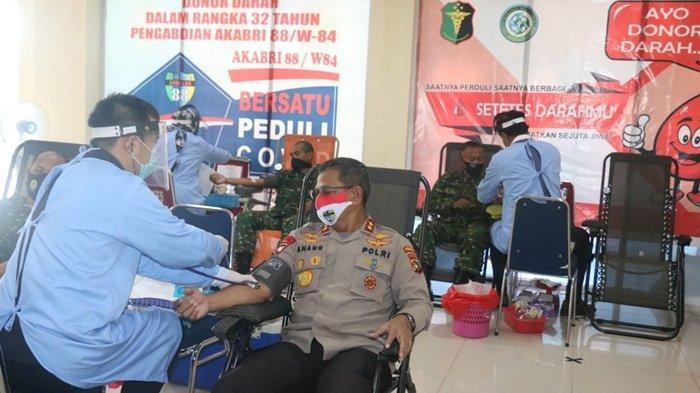 Akabri 88 Donor Darah di RS Bhayangkara Polda Babel