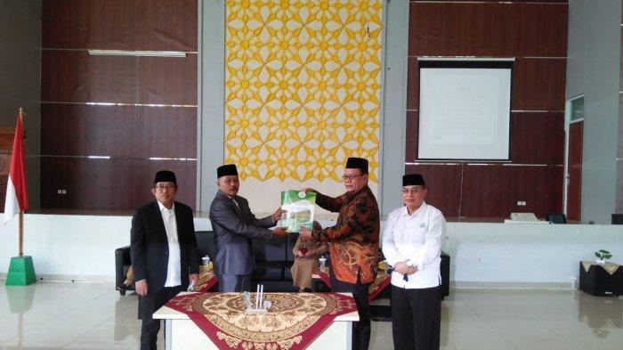 IAIN SAS Bangka Belitung Gelar Serah Terima Jabatan Kepala Biro AUAK