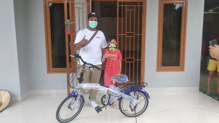 Cerita Reynard Siswa Kelas 4 SD, Dua Hari Bikin Masker Unik Hingga Raih Hadiah Sepeda dari Walikota