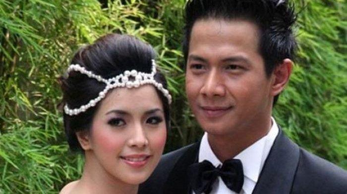 7 Tahun Membangun Rumah Tangga, Terungkap karena Dua Hal Ini Delon Digugat Cerai Istri