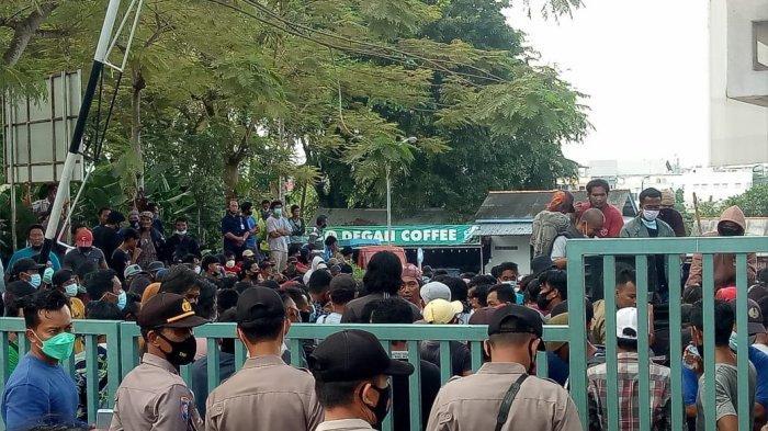 BREAKING NEWS : Demo di Kantor PT Timah, Suhardi:Jangan Ada yang Pulang
