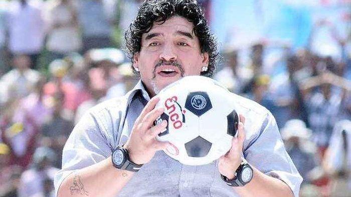 MENDIANG Diego Maradona Sering Pakai 2 Jam Tangan, Alasannya Terbongkar