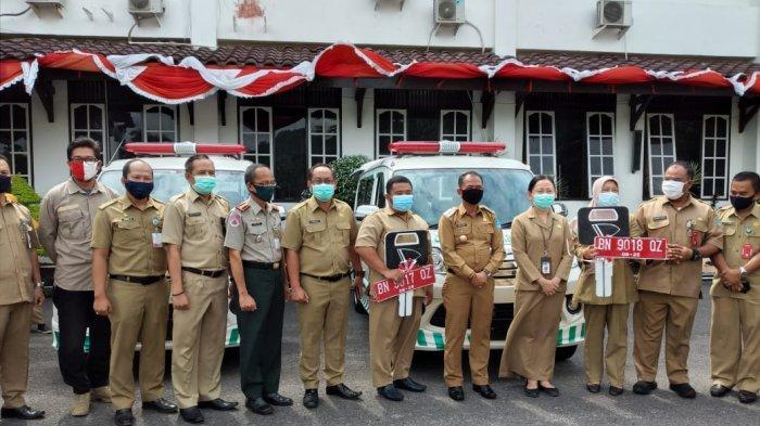 Dukung Layanan Masyarakat, Mulkan Serahkan Dua Ambulans ke Puskesmas Pariwisata