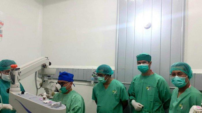 13 Warga Terima Layanan Operasi Katarak Gratis Jumat Berkilau Klinik Mata RSBT Pangkalpinang