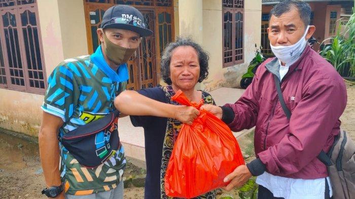 DM#27 Road Show Ramadan Berbagi Paket Lebaran Bagi Warga Kurang Mampu di Wilayahnya