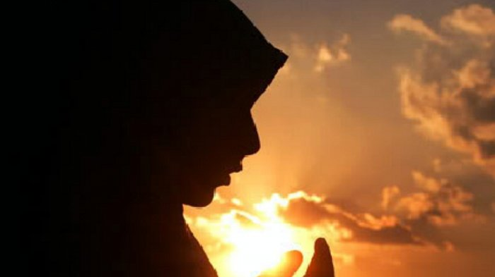 Amalan Lengkap 10 Hari Pertama Bulan Ramadan 2019/ 1440 H, Baca Deretan Doa Berikut Ini Setiap Hari