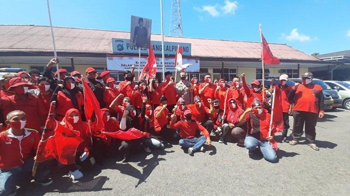Kader PDI Perjuangan Datangi Polres Pangkalpinang, Dukung Polisi Usut Kasus Pembakaran Bendera