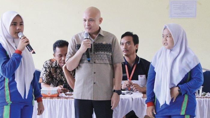 Ketua DPRD Bahas Harga Karet, Sawit dan Beasiswa Saat Reses - dprd27011.jpg