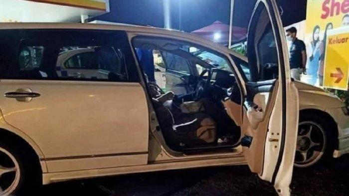 Tidur di Mobil Mesin Menyala, 2Mahasiswi Ditemukan Tewas, 2 Kritis Dilarikan ke Rumah Sakit