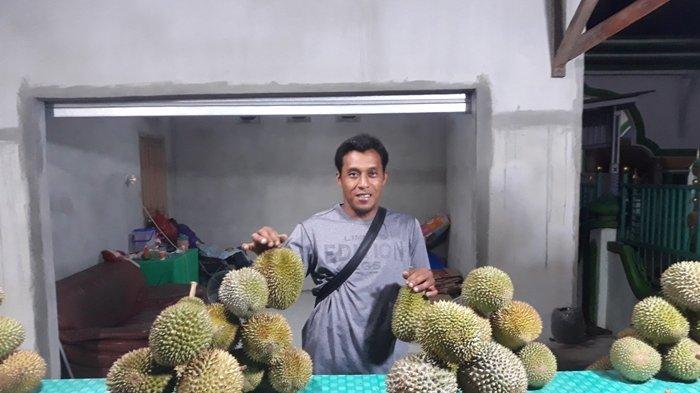 Durian Tembaga dari Desa Nangka Banyak Diburu Pembeli, Rasanya yang Lembut Manis Menggoyang Lidah