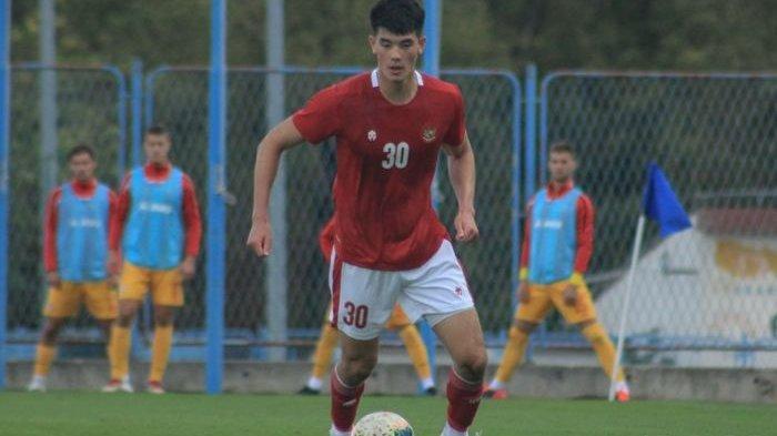 Elkan Baggott saat Timnas U-19 Indonesia menang dengan skor meyakinkan 4-1 atas Makedonia Utara dalam laga uji coba di Stadion NK Njunak Sinj, Split, Minggu (11/10/2020)