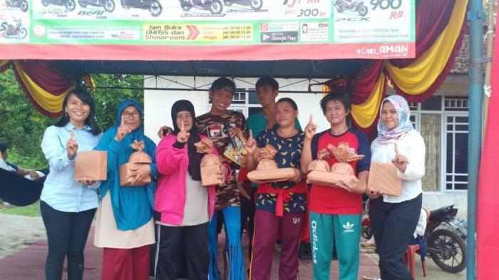 Event Roadshow NSS Sungailiat di Sinar Jaya Bagi-bagi Hadiah