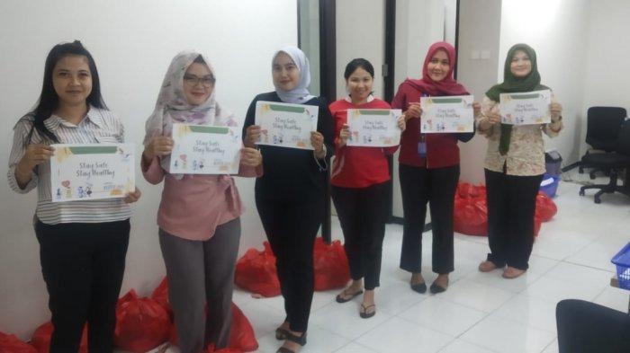 FIF Group Sungailiat Salurkan 276 Paket Sembako