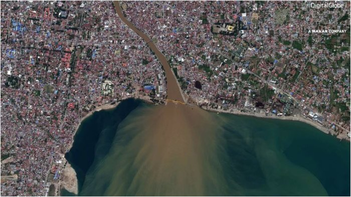 Penampakan Fenomena Likuefaksi Tanah Mencair Tenggelamkan Perumahan di Kota Palu saat Gempa