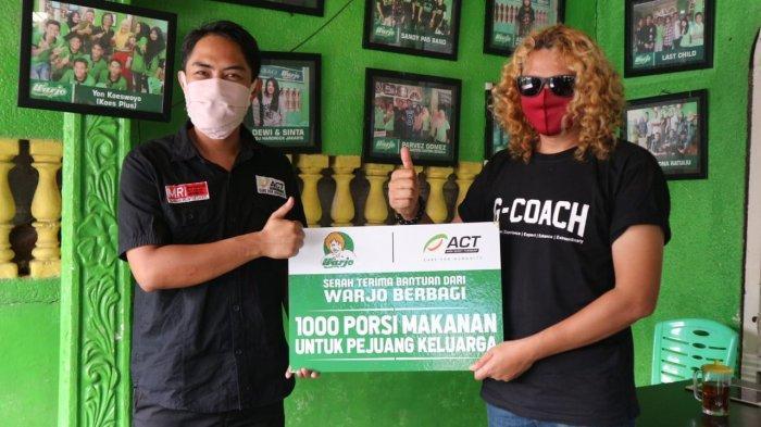 Warjo Bagikan 1.000 Nasi Kotak untuk Masyarakat Terdampak Covid-19