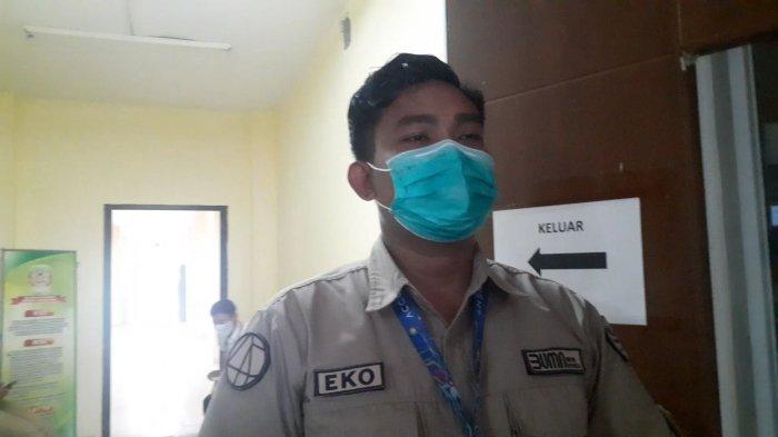 Sempat Keringat Dingin saat Divaksin, Pegawai Bandara Ini Ternyata Punya Trauma Jarum Suntik