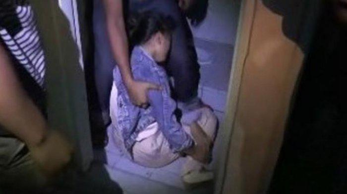 Gadis Remaja Ini Pingsan Saat Terjaring Razia Pekat di Kamar Hotel