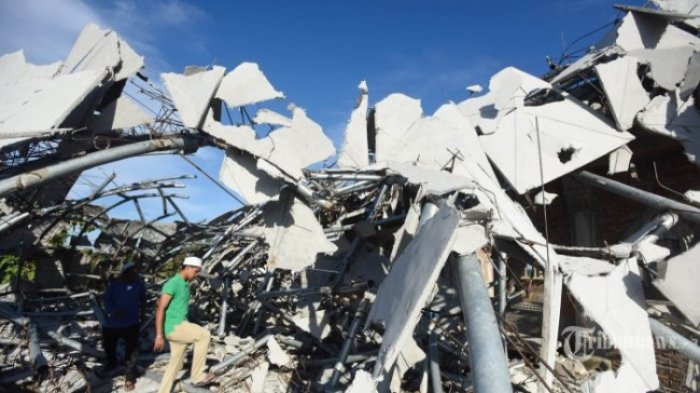 Jumlah Pengungsi Korban Gempa Aceh Terus Bertambah