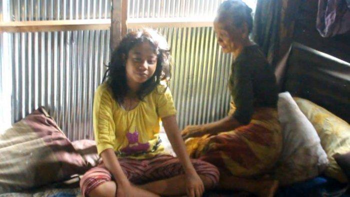 Nenek Kerja Jadi Buruh Cuci, Sang Cucu Dirantai Lalu Digembok
