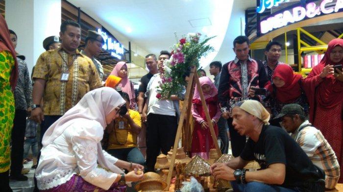Produk Unggulan Dekranasda Bangka Belitung Ditampilkan di Transmart Pangkalpinang