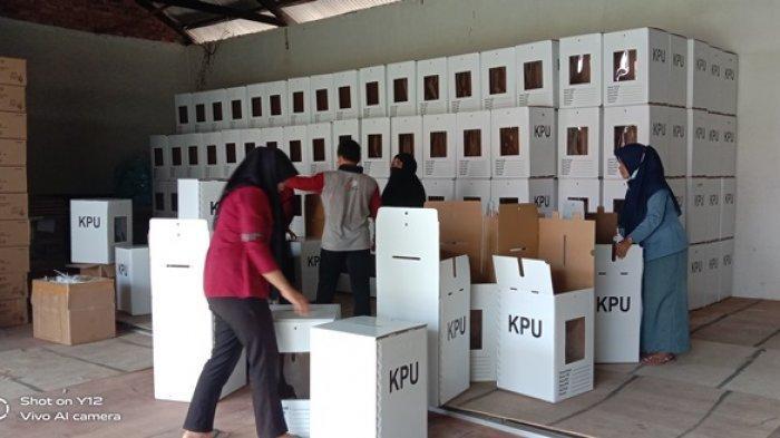 KPU Bateng Sebut Beberapa Logistik Pilkada Sudah Diterima, Kotak Suara Sudah 401