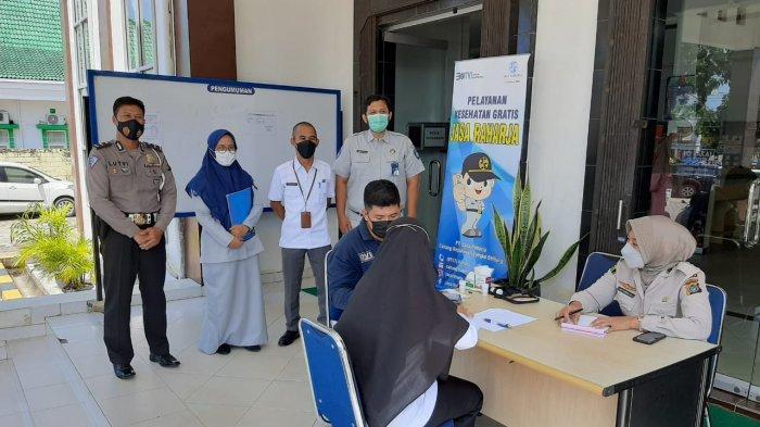 Momen Hari Kartini Jasa Raharja Gelar Pelayanan Kesehatan Gratis di Samsat Pangkalpinang