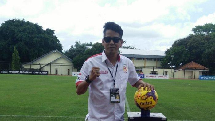 Kecintaan Terhadap Sepakbola, Hasbullah Siap Lahir Batin Memajukan Sepakbola Bangka Barat