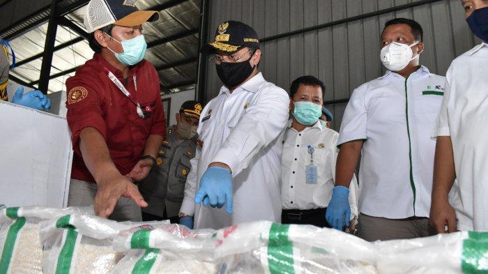 Pastikan Keamanan Stok Beras Gubernur dan Kapolda Kunjungi RMP Batu Betumpang