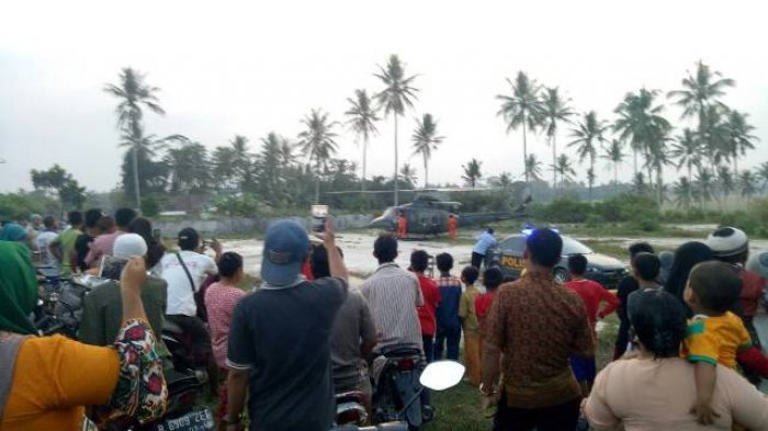 Helikopter TNI AD Mendarat Darurat