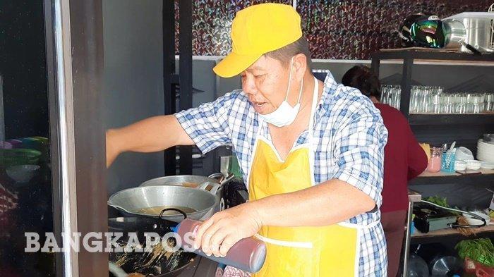 Hidayat Arsani Geluti Bisnis Restoran Mie Panglima, Nggak Malu Jadi Koki
