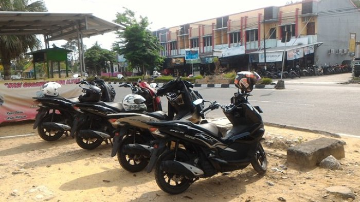 Hari Kedua Touring Honda PCX ExploreKabupaten Bangka