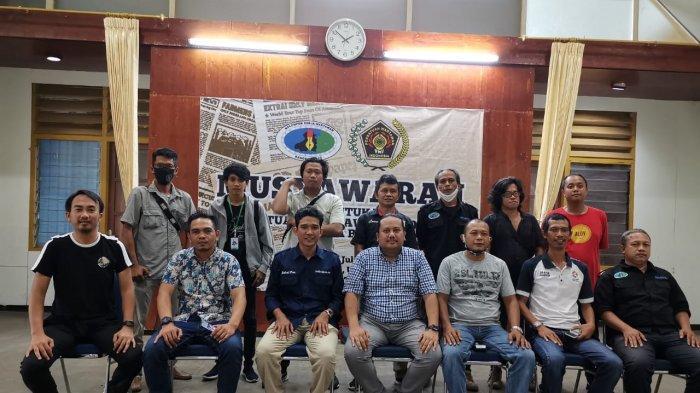 Husni Terpilih Sebagai Ketua PWI Bangka Barat 2020-2023 Secara Aklamasi